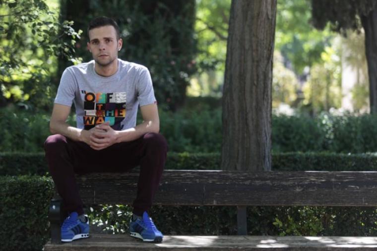 Un joven de Granada irá a la cárcel por pagar 80€ con una tarjeta falsa